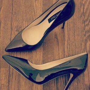 Heels from White House Black Market
